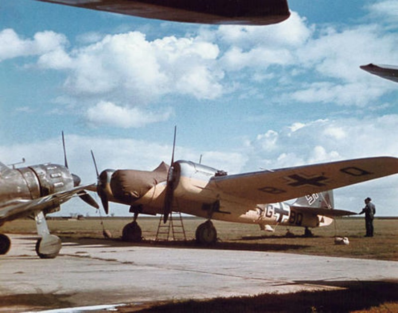 Avia B-71
