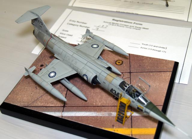 ROC F-104